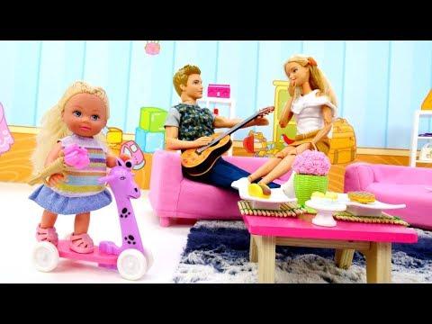 Барби и Кен поссорились. Как Штеффи помирила родителей! Видео для девочек