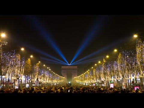 Visiting Champs Élysées, Avenue in Paris, France
