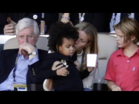 Gwenyth Paltrow Babysits Blue Ivy While Beyonce Performs Halftime Show