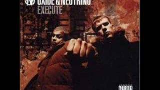 Oxide & Neutrino - Foot to da Floor