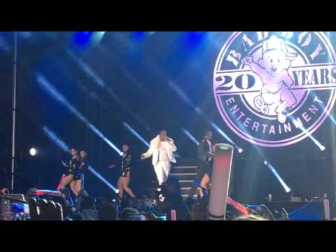 Pitbull Performs New Years Revolution 2016 - MIAMI -