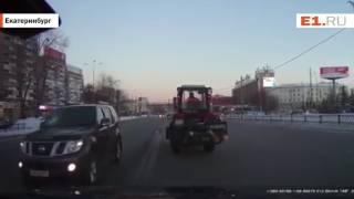 """Водитель такси """"прокатил"""" инспектора ДПС по улице Челюскинцев"""