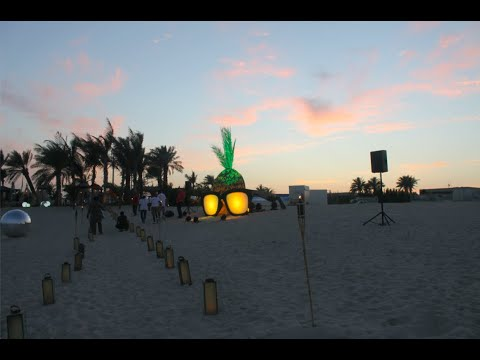"""Smokin' Pineapple"" - The Coolest Corporate Event Organised in the UAE!"