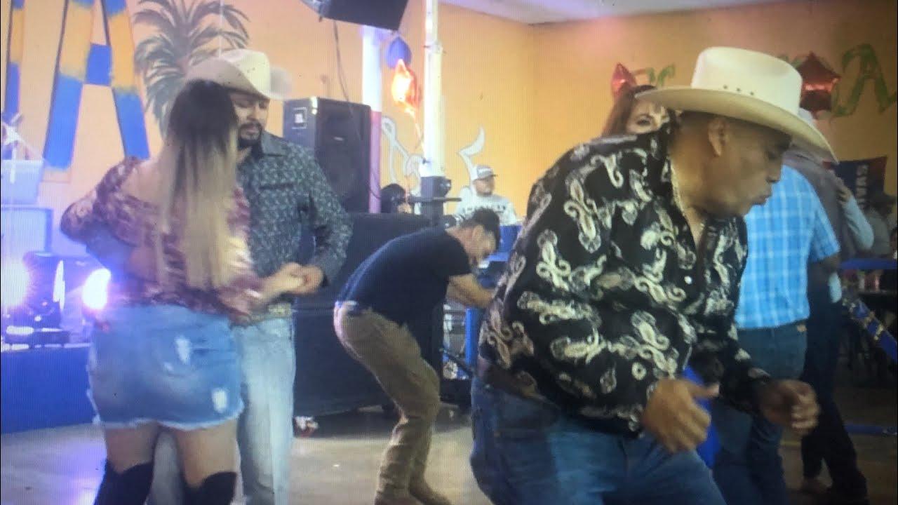 Vamos Chiquitita Bailemos el Tao Tao!! a Bailar Cumbias en Oklahoma City! con los del Impacto!