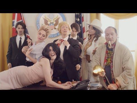 "Adrienne Pauly - ""La Conne"" (A Trump inside you)"