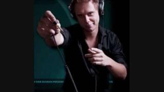 Armin van buuren - chris lake feat emma hewitt - carry me away