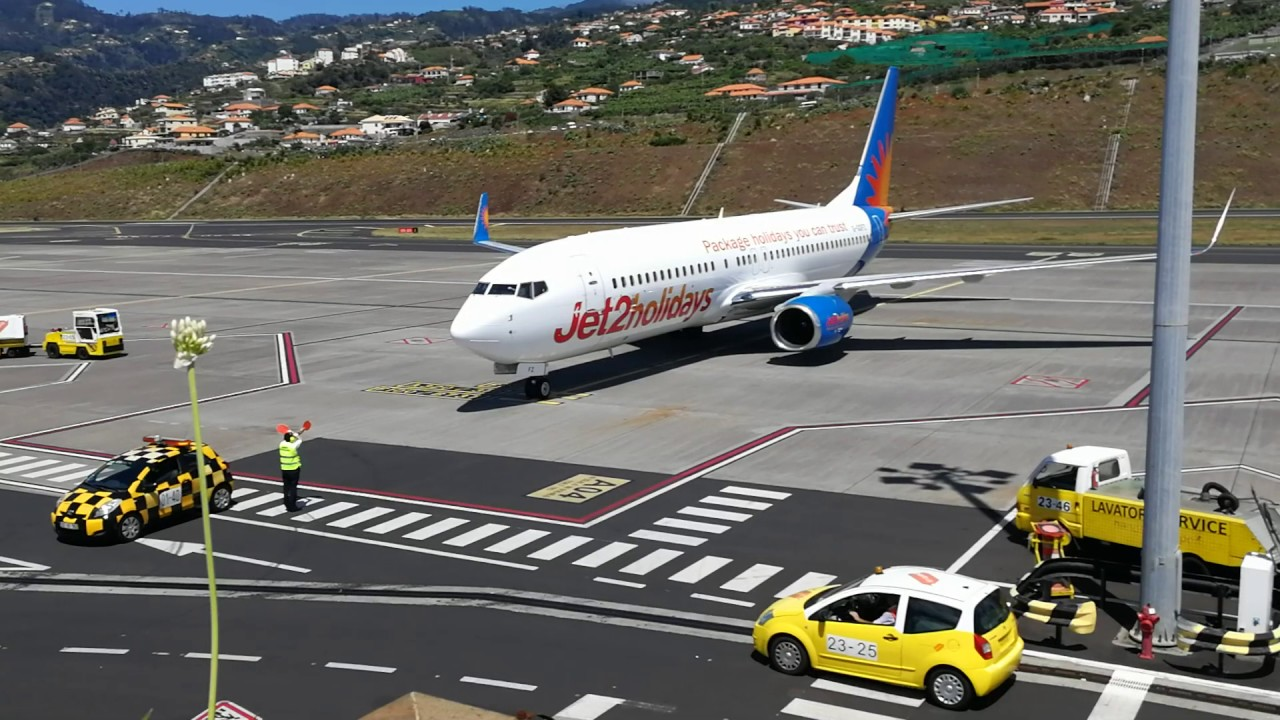 A Jet2.com plane just arrived on Madeira