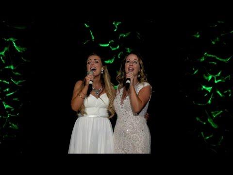 Green Grow the Rushes - Lisa Kelly & Chloe Agnew