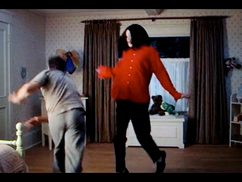 Michael Jackson Funny Dance Scene in scary movie 3