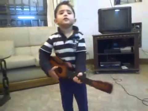 new atif aslam's Son singing tu jaane na .mp4