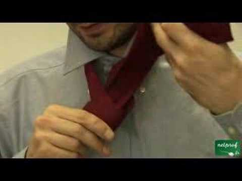faire un noeud de cravate simple youtube. Black Bedroom Furniture Sets. Home Design Ideas