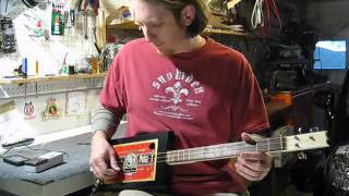 Tune a 3 String Cigar Box Guitar Mike Snowden