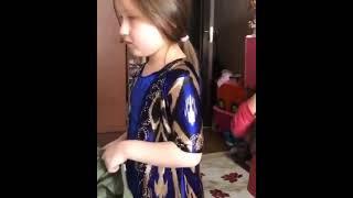 Когда дочка умная Смотрет всем
