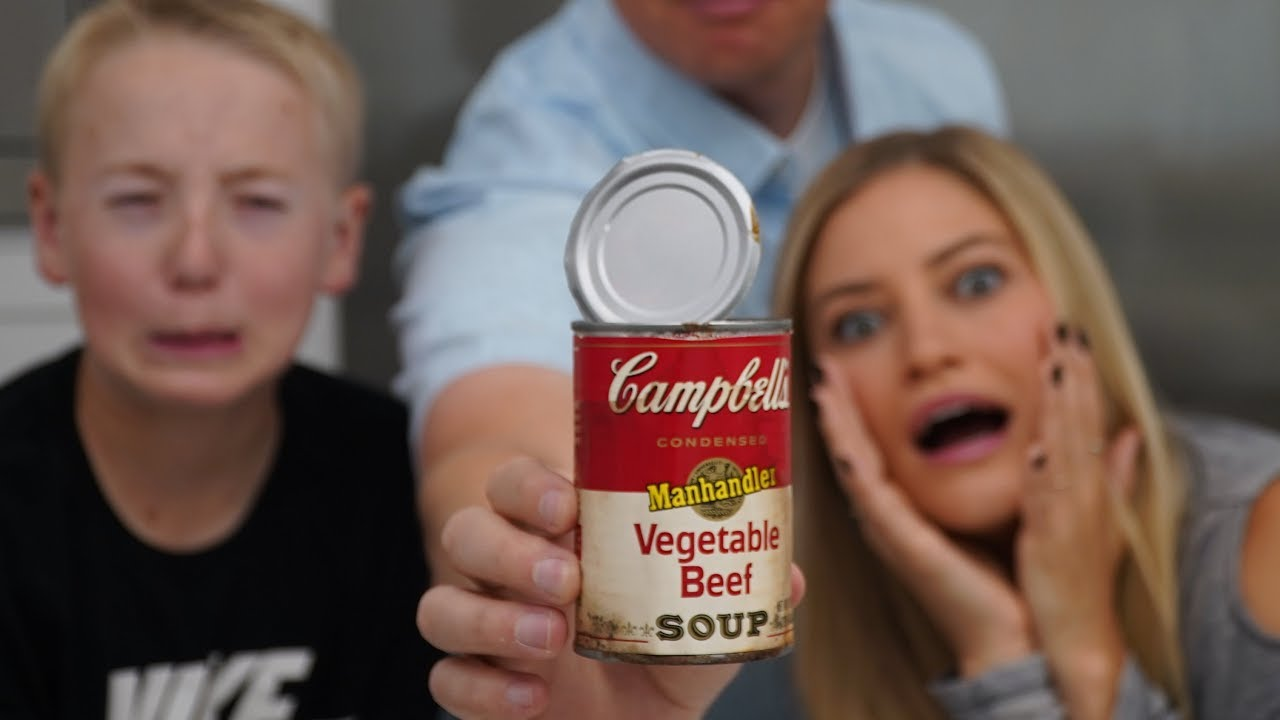 Whats Inside 30 Yr Old Can Of Soup Youtube