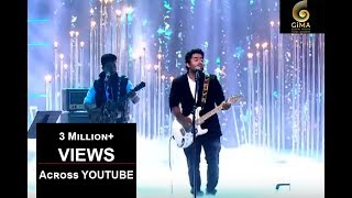 arijit-singh-live-full-performance-gima-awards-2016---17
