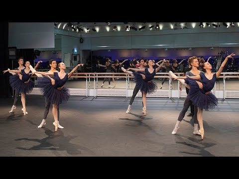 The Royal Ballet School in rehearsal – World Ballet Day 2018