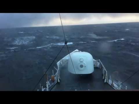 Huge Waves of Bering Sea!