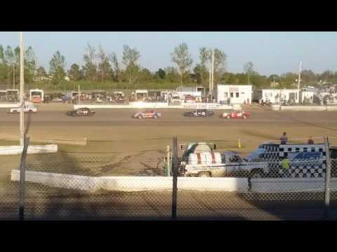 Jamestown Speedway - Wissota Street heat# 3, 5/13/17