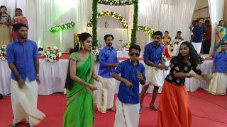 Chippyzz  Weds Unnisssss. Kerala wedding Dance by cousinszzzz