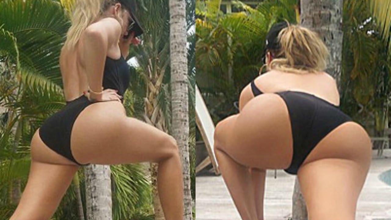 Hot big boobed naked girl