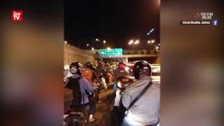 Singapore-bound motorcyclists stuck due to faulty MBIKE gantry