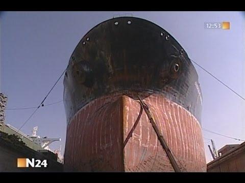 Riesenpott im Trockendock - Dockung eines VLCCs Teil 2 //N24 Dokumentation