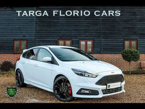 Ford Focus ST-3 2.0 Turbo 6-Speed Manual 5dr Hatchback Finished in Frozen White