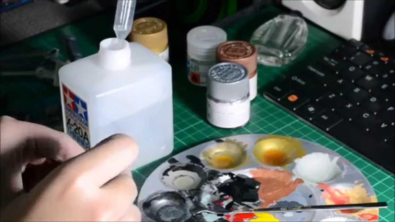 Gunpla Hand Painting Preparing Paint