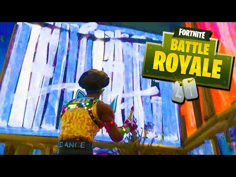 IT'S REALLY WINDY DOWN HERE! - Fortnite with The DONG!