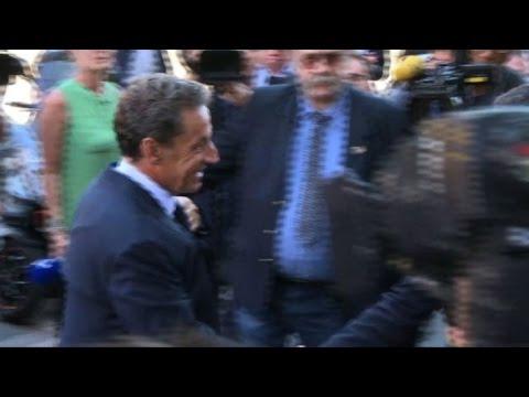 Nicolas Sarkozy s'installe dans son nouveau QG de campagne