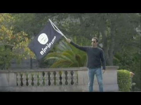 Students reject US flag more than ISIS flag at UC Berkeley
