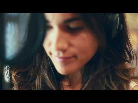 VIDA - Saurom (Versión Julia Medina)