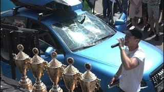 Лобовое бронестекло в хлам! Самый громкий седан 149,5дб с двери