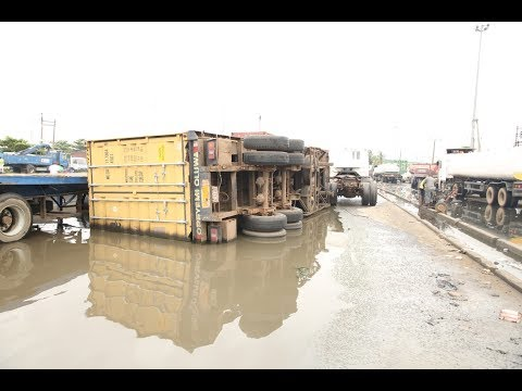 Road Users Complain About Bad State Of Oshodi/Apapa Express Road