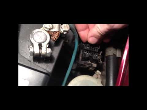 Диагностика автомобиля Mazda светодиодом