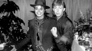 Michael Jackson ft. Paul McCartney - The Girl is Mine
