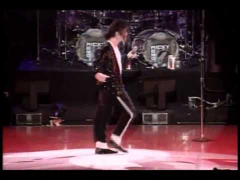 Michael Jackson You Are Not Alone Live