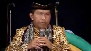 Video Cara Bersyukur Manusia - Pengajian KH Makruf Islamuddin di Iringi Rebana Walisongo Sragen download MP3, 3GP, MP4, WEBM, AVI, FLV Juli 2018
