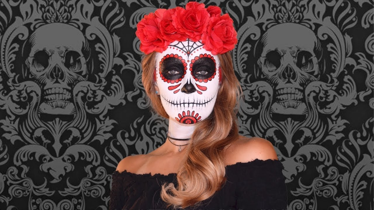 Compare and Contrast: Halloween to Day of the dead Essay