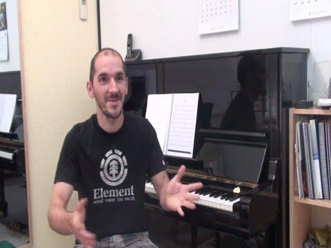 La música sempre la he tingut dins i la vull aprendre- amb el testimoni de l'Adrià