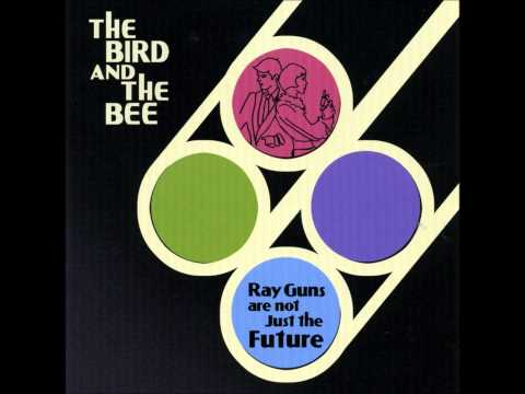 Birthday- The Bird and the Bee (Karaoke)