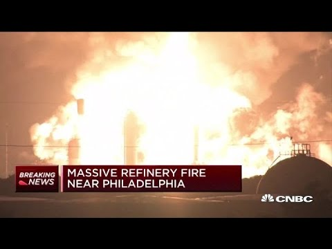 Video shows explosion at Philadelphia oil refinery