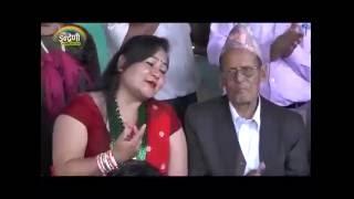 Chhin ko Chhinaima ,  कृष्ण कंडेल, मनु वाइबा र मञ्जु वि.क. बीचको घम्साघम्सी दोहोरी
