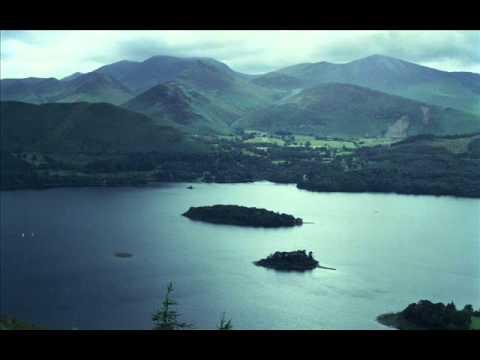 Bonobo - Walk In The Sky feat. Bajka