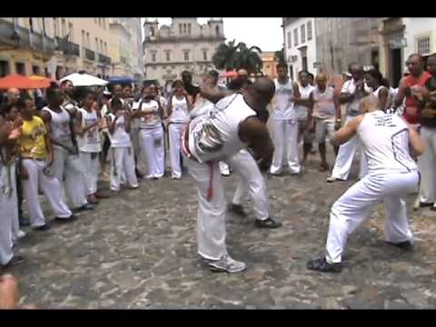 Aulão de Capoeira com Mestre Dinho em Salvador BA 2013