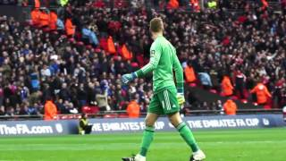 David De Gea's celebration for Anthony Martial's Man United winner was magnificent (Video)