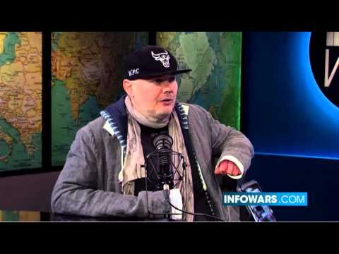 Billy Corgan Explains Why He Left Twitter & Why You Should Too
