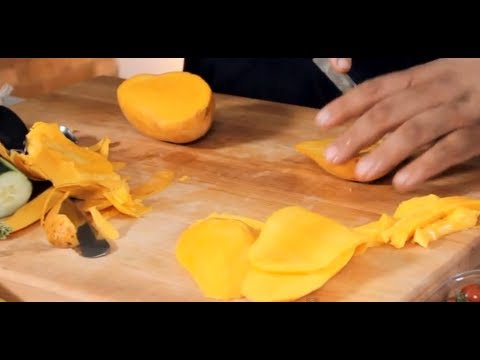 How to peel cut mangoes tips for properly slicing mango youtube how to peel cut mangoes tips for properly slicing mango ccuart Choice Image