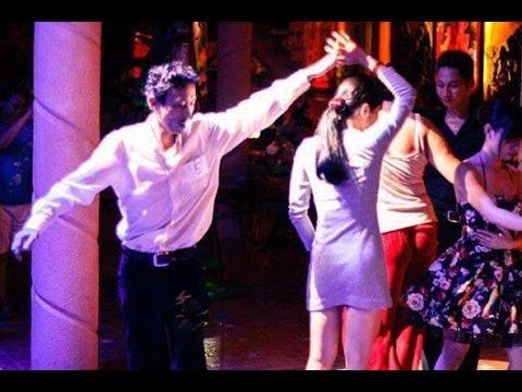 Câu lạc bộ khiêu vũ 8-3HLV KhMinh