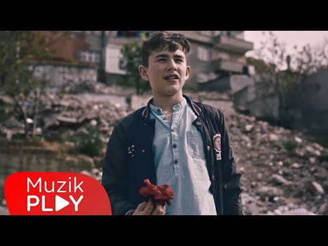 Narkoz & Gazapizm & Çağrı Sinci & Deniz Sungur - Kaç İstersen (Official Video)